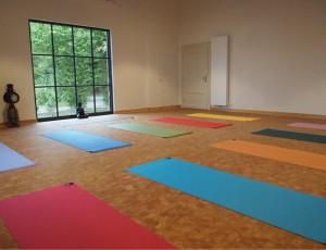 Yoga_im_Bahnhof
