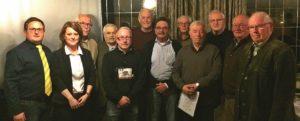 Bild: (v.l.): vorsitzender Julian Ziegeweidt mit Kassierein Anja Hardenacke und den geehrten Mitgliedern Theo Wilmes (65), Georg Skultety (65), Markus Feldmann (25),Siegfried Frohne (60), Achim Ziegeweidt (25), Werner Burghaus (65), Heinz-Gerd Stahlhacke (65), Theo Hupertz (60), Josef Theile-Schürholz (65) und Hubert Meier (65)
